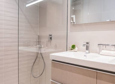 B10_2_Botanic_Apartments_bathroom_J746205